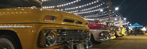 バンコクのナイトマーケット【タラート ロットファイ シーナカリン】